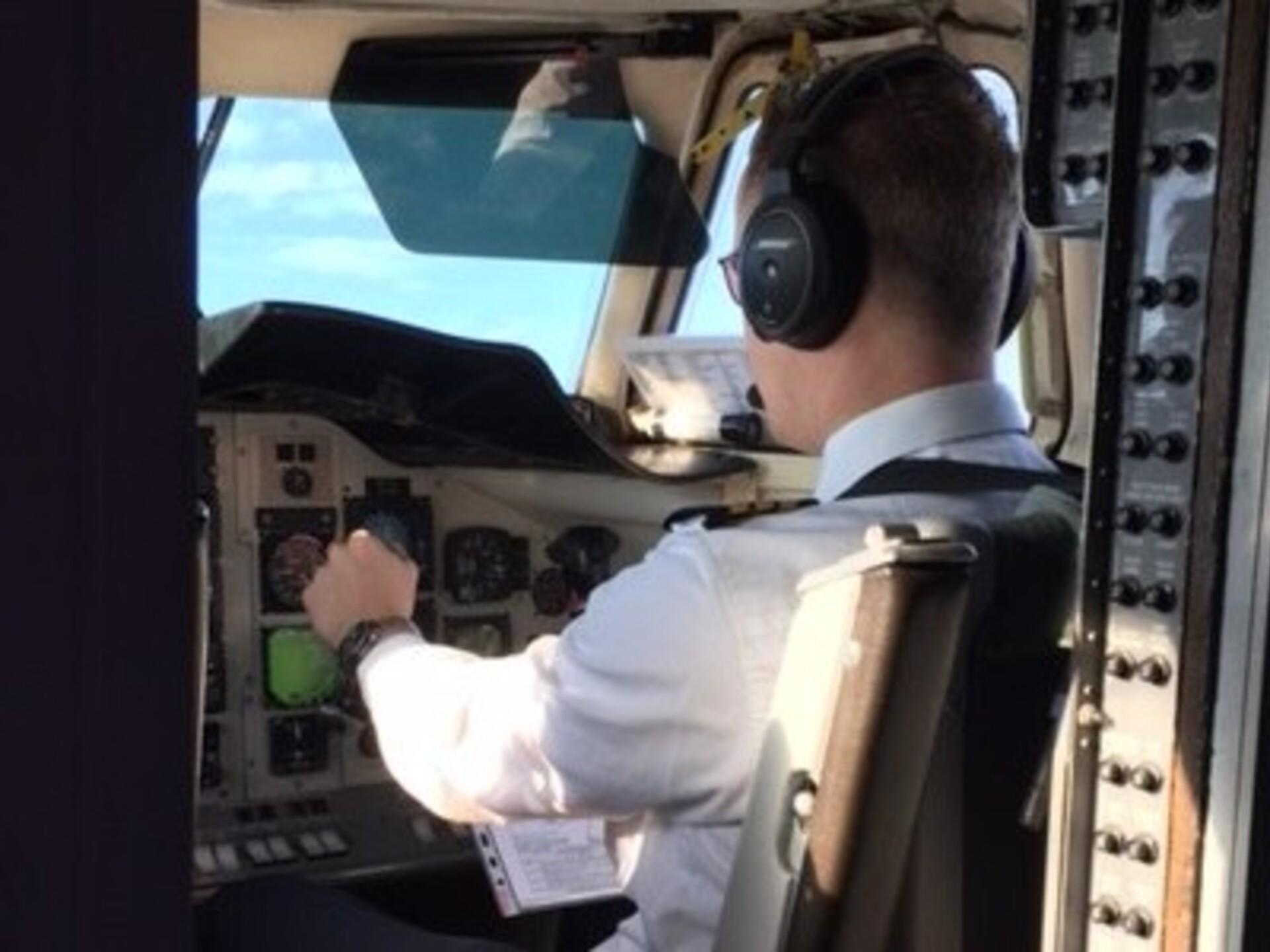 Suurenenud pilootliikmed Video liikmed parast kasvamist