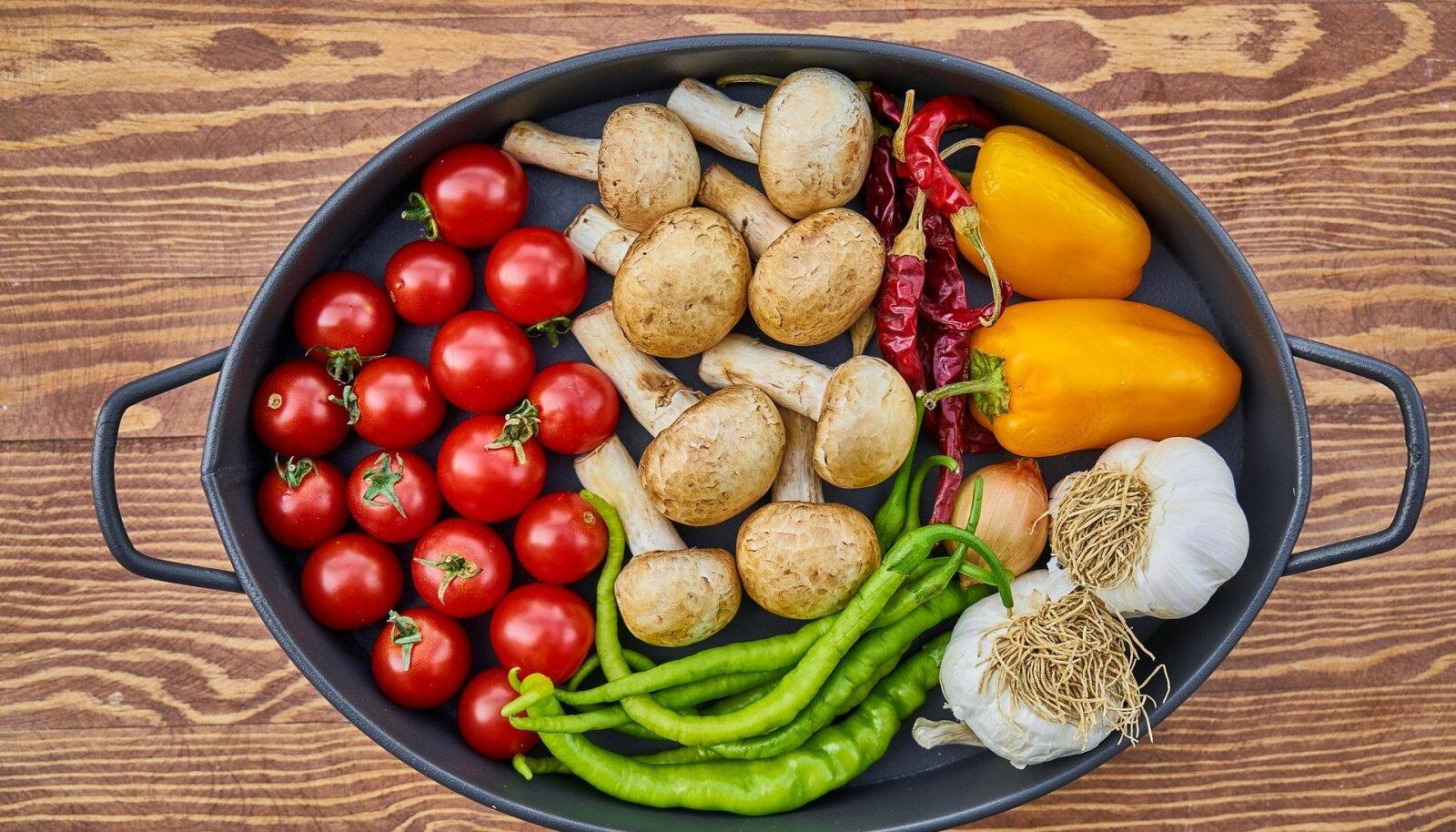 Kuidas suurendada toiduga Kuidas suurendada keskmise suurusega liiget
